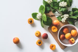 apricot-background-berry-1028599-3.jpg